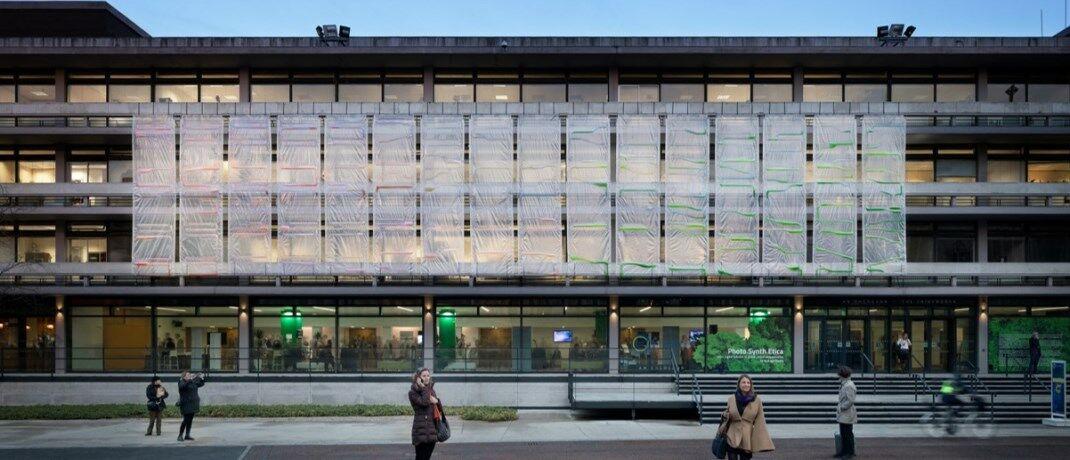 Algen an einer Hauswand: Bioreaktive Fassaden blocken Treibhausgase|© ecoLogicStudio