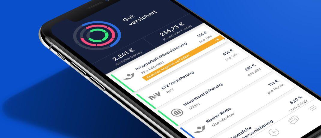 Digitales Versicherungsmanagement mit Clark: Beim Einrichten einer Versicherungs-Apps können Nutzer ungewollt ihre bisherige Maklervollmacht kündigen. © Clark Germany GmbH