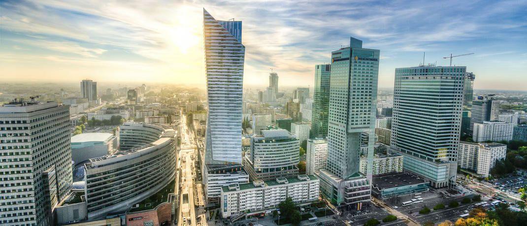 Skyline von Warschau: Dort hatte die Firma des Finanzbetrügers ihren Sitz.|© Pixabay