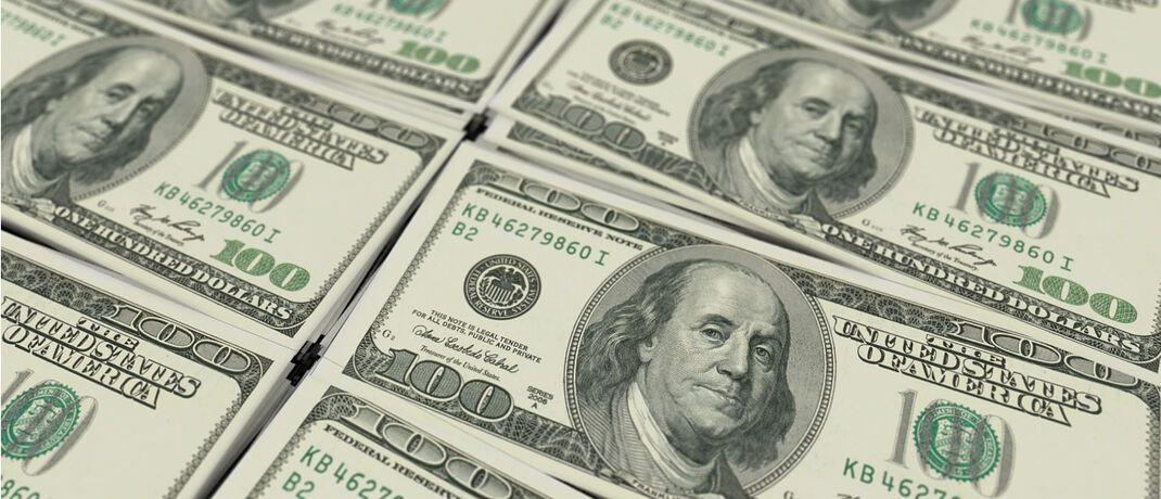 Banknoten im Wert von 100 US-Dollar: Gleich 600 Millionen US-Dollar verlor Starinvestor Ken Fisher wegen unrühmlicher Aussagen.
