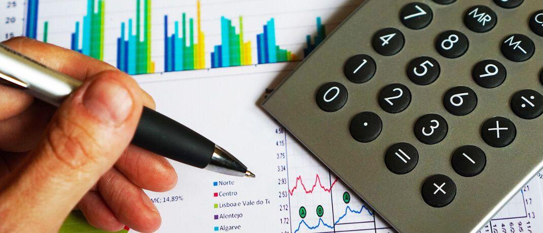 Statistik: Eine aktuelle Studie zeigt, dass gekürzte Provisionen Renditeeinbußen durch niedrige Zinsen kaum kompensieren.|© Pixabay