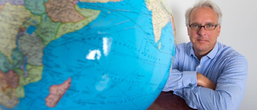 Die Welt fest im Blick: Georg von Wallwitz hat heute vor 15 Jahren Eyb & Wallwitz mitgegründet|© Eyb & Wallwitz