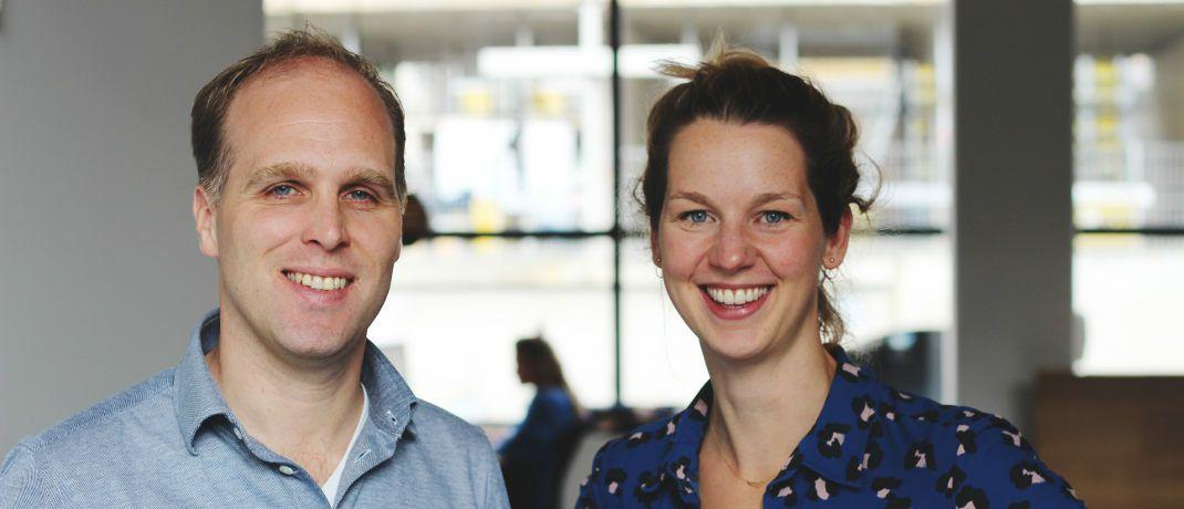 Peaks-Geschäftsführer Tom Arends und Design-Chefin Lisanne Groenendaal wollen zum Investieren in Indexfonds anregen.|© Peaks