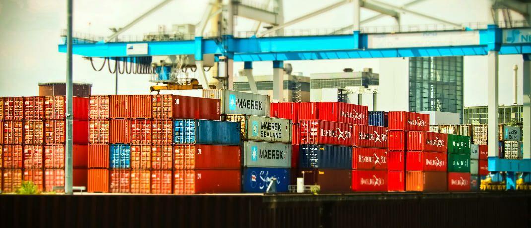 Container im Hafen: P&R hat über ein sogenanntes Schneeballsystem Container verkauft, die nur auf dem Papier existierten.|© Pixabay