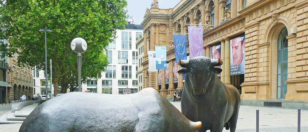 Bulle und Bär: An der Frankfurter Börse sind ab sofort vier neue Amundi-ETFs handelbar.|© Cornerstone  / <a href='http://www.pixelio.de/' target='_blank'>pixelio.de</a>