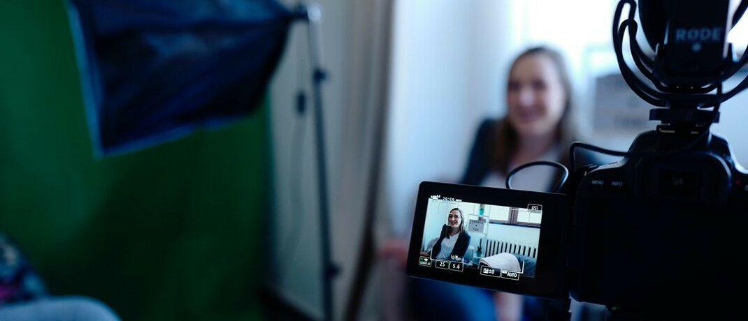 Beim Videodreh: Die Gothaer-Versicherung testet Videoberatung