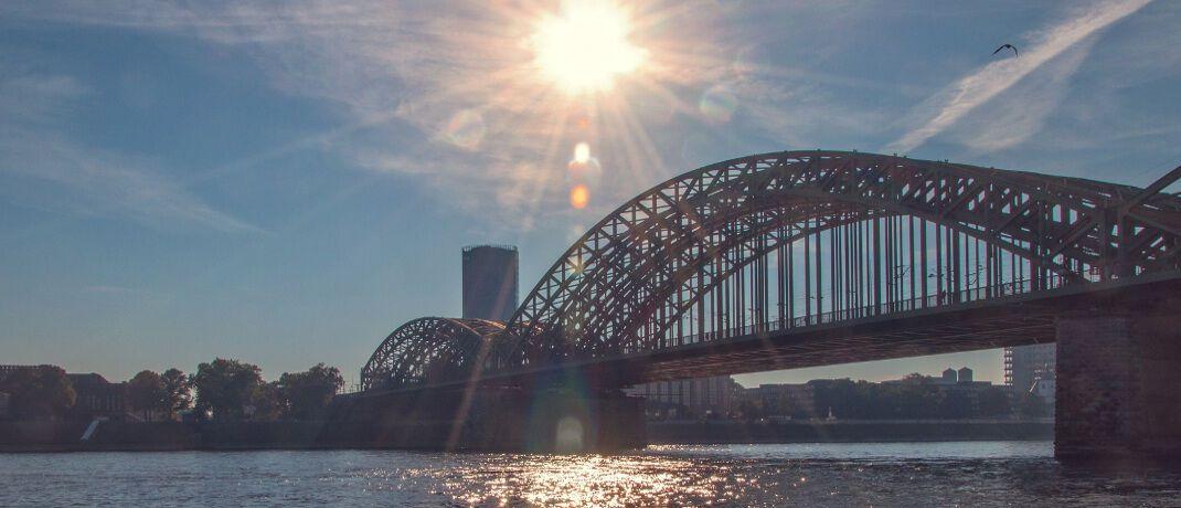 Hohenzollernbrücke in Köln: In der Domstadt hat das Bundesverwaltungsamt seinen Hauptsitz.|© Mali Maeder / Pexels