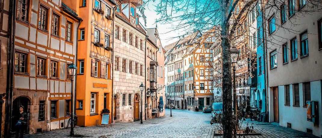 Altstadt in Nürnberg: Die Nürnberger Versicherung, die in der Stadt ihren Sitz hat, baut das Geschäft mit der Vermögensverwaltung aus. © Pixabay