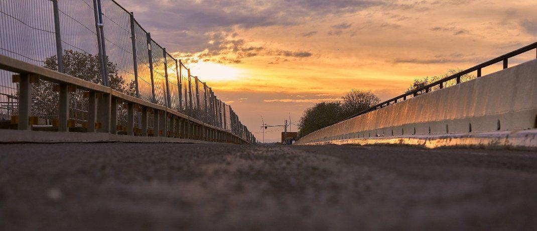 Marode Rheinbrücke: Deutschland investiert zu wenig in die Infrastruktur, sagt Vermögensverwalter Joachim Paul Schäfer. |© Pixabay