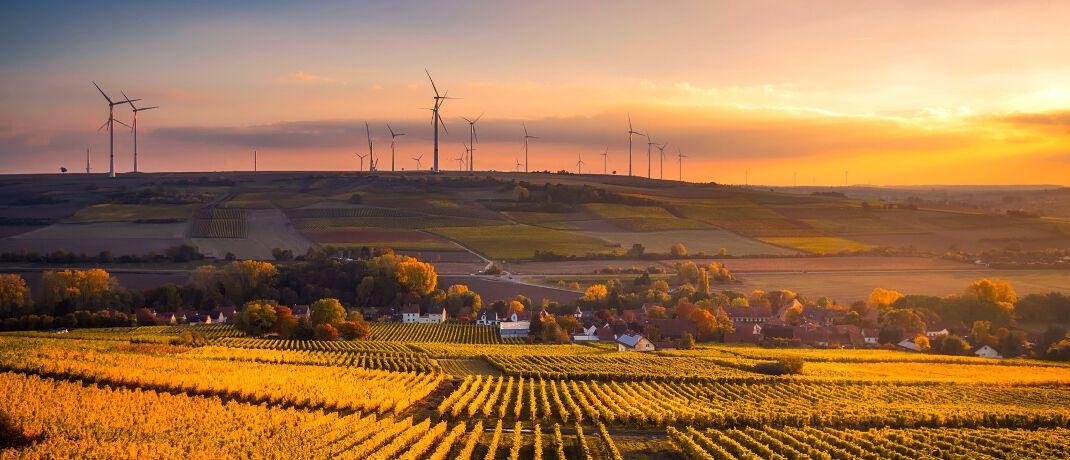 Windkraftanlage: Der Versicherer Debeka setzt verstärkt auf das Thema Nachhaltigkeit in der Altersvorsorge.|© Pixabay