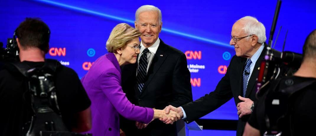 TV-Debatte bei CNN mit den demokratischen Kandidaten Elizabeth Warren, Joe Biden und Bernie Sanders (v.l.): Für die Finanzmärkte wäre ein demokratischer US-Präsident ein Risikofaktor.