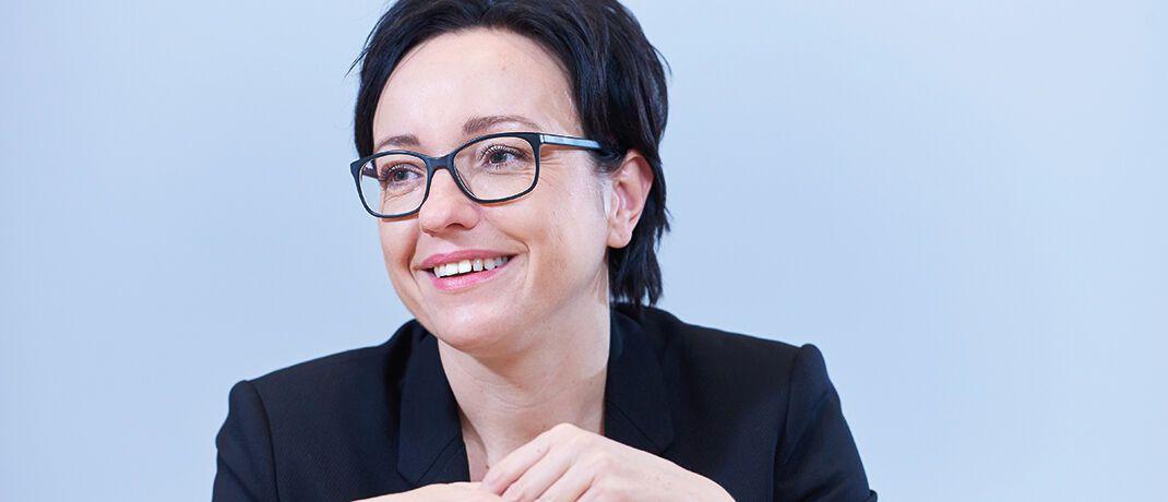 Katja Müller ist Geschäftsführerin und Chief Customer Officer bei Universal-Investment in Frankfurt am Main. Sie und ihr Team betreuen Fondsinitiatoren, institutionelle Investoren und Insourcing-Kunden wie Kapitalverwaltungsgesellschaften (KVGs) und Asset Manager|© Andreas Mann