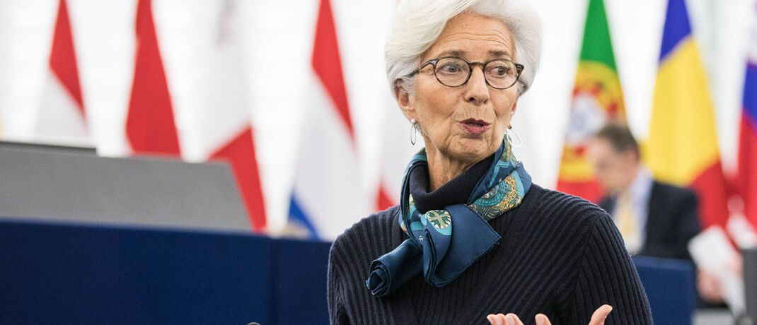 Hält am Niedrigzins fest: EZB-Chefin Christine Lagarde | © imago images / Panoramic