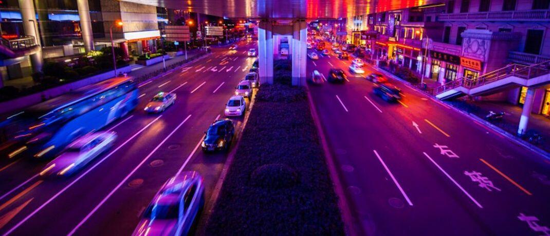 Straße in einer chinesischen Großstadt: China will die Förderung von Elektroautos 2020 zurückfahren.|© Unsplash.com