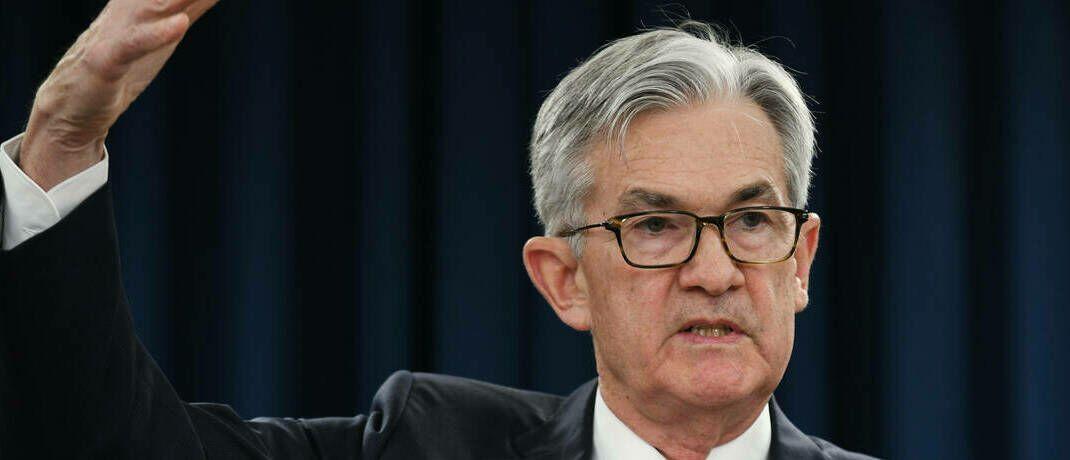 Fed-Chef Jerome Powell: Die US-Notenbank hält an der derzeitigen Geldpolitik fest, beobachtet aber die konjunkturelle Entwicklung der USA genau. |© imago images / Xinhua
