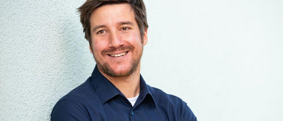 Philipp Wenzel ist Versicherungsmakler und Spezialist für BU-Versicherungen.
