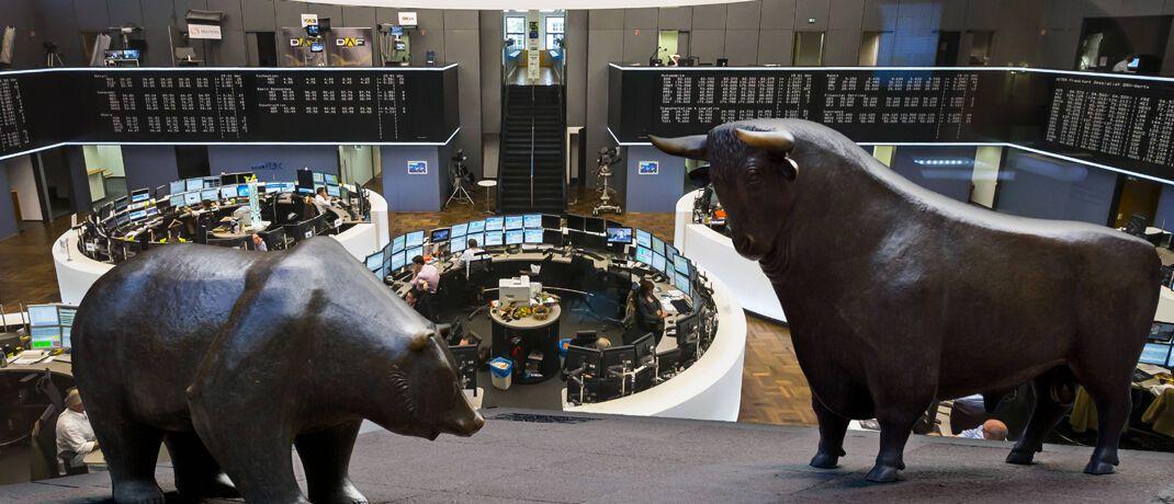 Bulle und Bär der Frankfurter Börse.|© imago images / Westend61