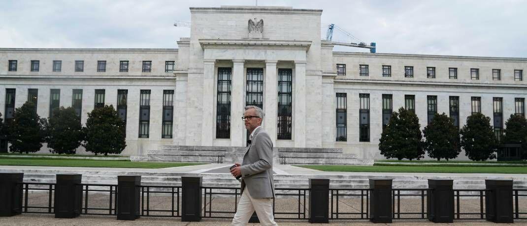 Hauptsitz der US-Notenbank Federal Reserve in Washington D.C.: Das Coronavirus könnte gravierende Folgen für die Weltwirtschaft haben, ist die Fed überzeugt.  © imago images / Xinhua