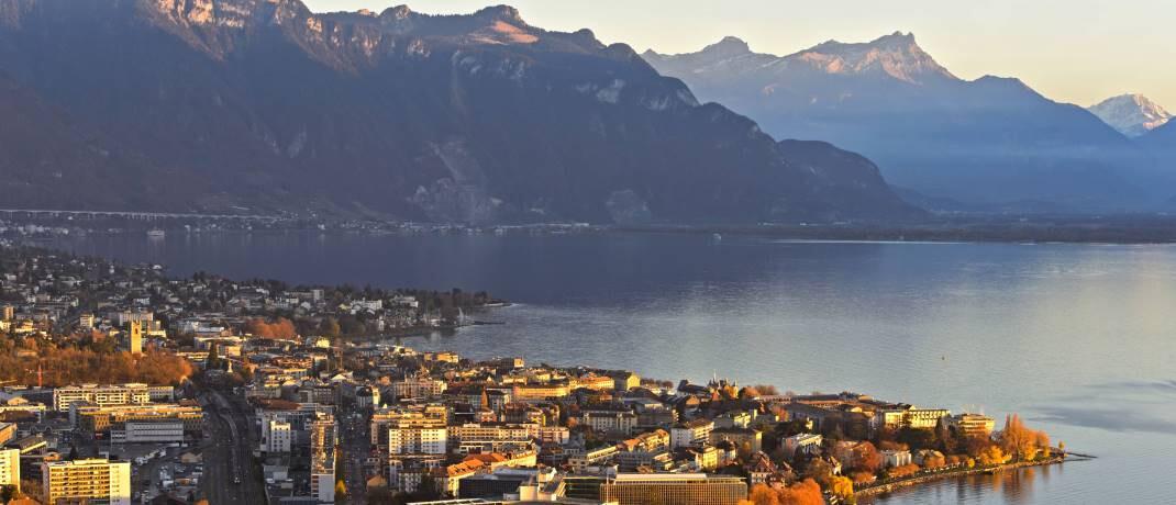 Hauptsitz von Nestlé am Genfer See: Der schweizerische Nahrungsmittelkonzern gehört zu den Top-Bestandspositionen des Danske-Fonds. |© imago images / CHROMORANGE