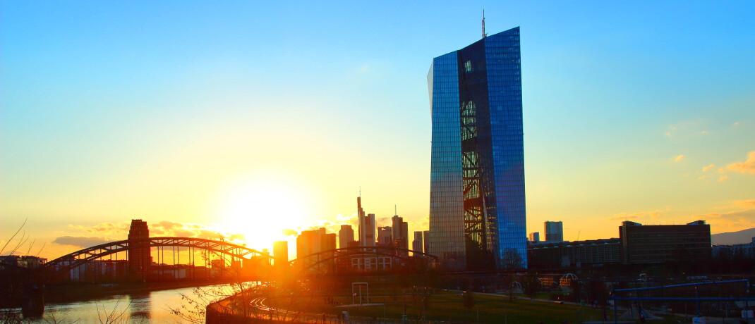 Der Sitz der Europäischen Zentralbank in Frankfurt: Der Dax ging nach der EZB-Sitzung auf Talfahrt. © imago images / CHROMORANGE