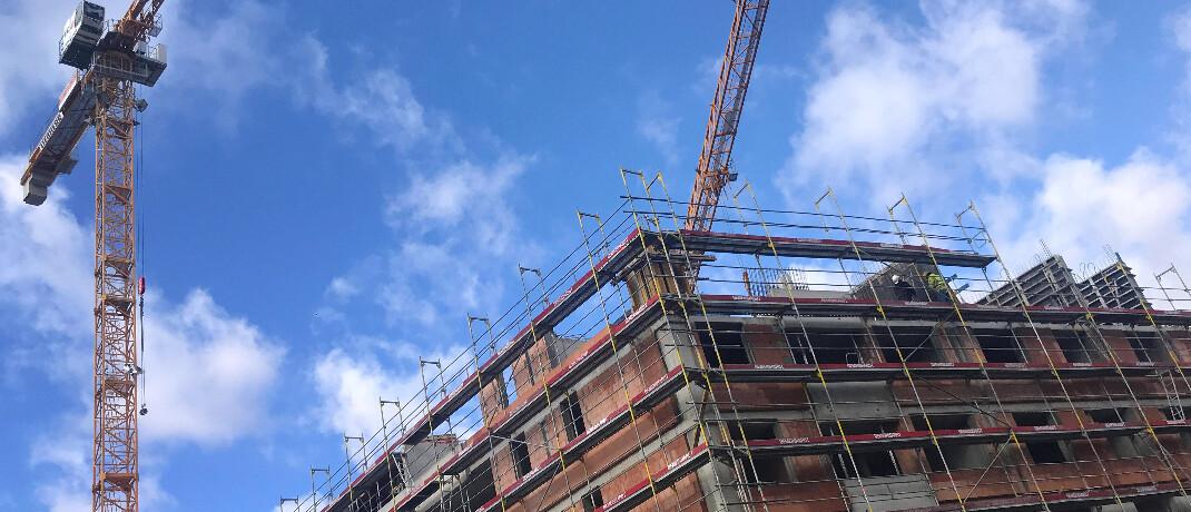 Baustelle für Wohnhaus in München: Immobilien sind die dominierende Anlageklasse bei Alternativen Investmentfonds.|© imago images / Sven Simon
