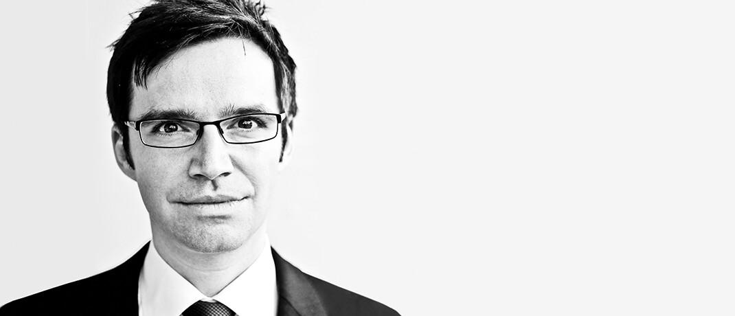 Florian Artinger forscht an der Schnittstelle zwischen Ökonomie, Management und Psychologie mit Fokus auf Entscheidungsstrategien unter Unsicherheit. Er ist Gründungsmitglied des Entscheidungsinstituts Simply Rational, einer Ausgründung des Max-Planck-Instituts für Bildungsforschung, an dem Artinger forscht.