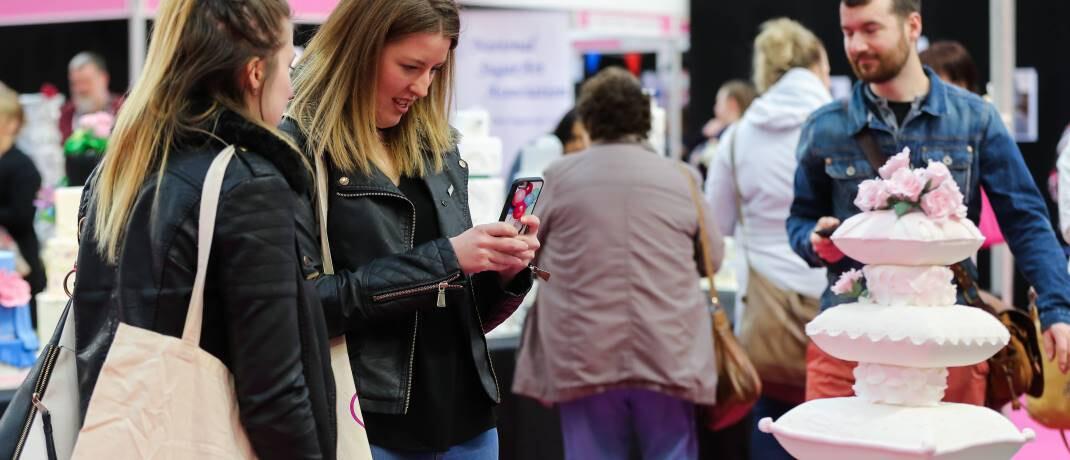 Süßwarenmesse in London: Für Candriam haben künftig nur diejenigen Lebensmittelkonzerne Chancen auf mehr Wachstum, die das Thema Adipositas konsequent angehen.|© imago images / i Images