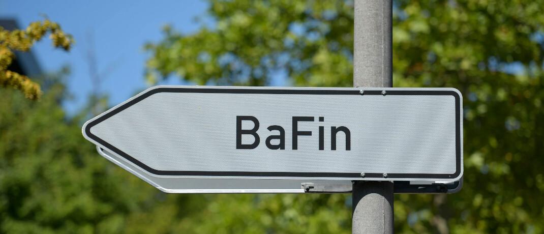 Wegweiser zur Finanzaufsichtsbehörde am Standort Bonn: Die Bafin nimmt auch Verbraucherbeschwerden entgegen.|© imago images / Schöning