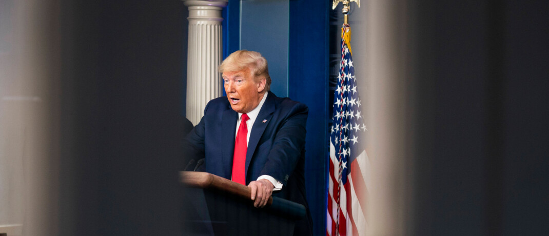 Will Helikoptergeld ausgeben: US-Präsident Donald Trump.|© imago images / Zuma Wire