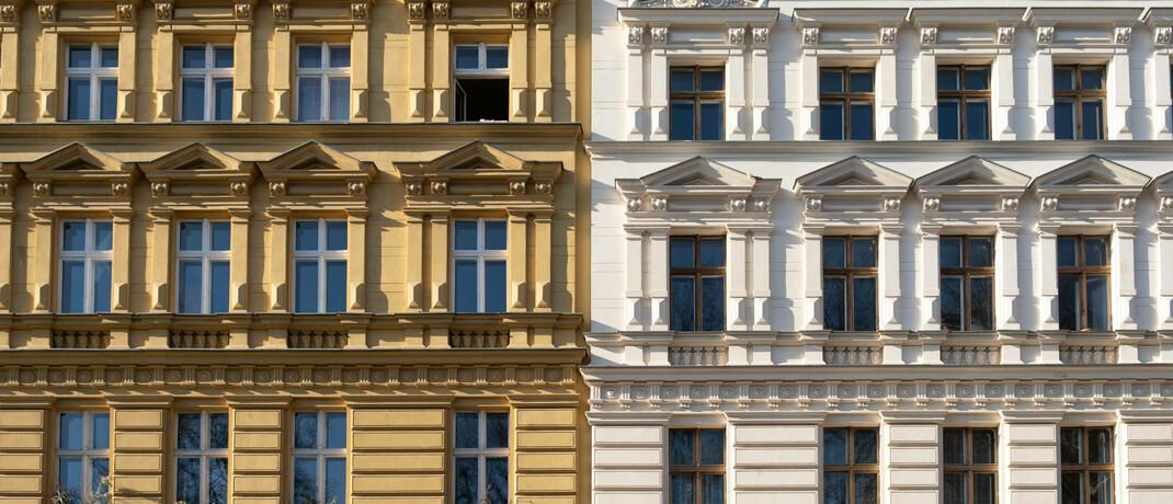 Altbauten in Berlin: Die Bundesregierung will Mieter in der Corona-Krise schützen.|© imago images / Seeliger