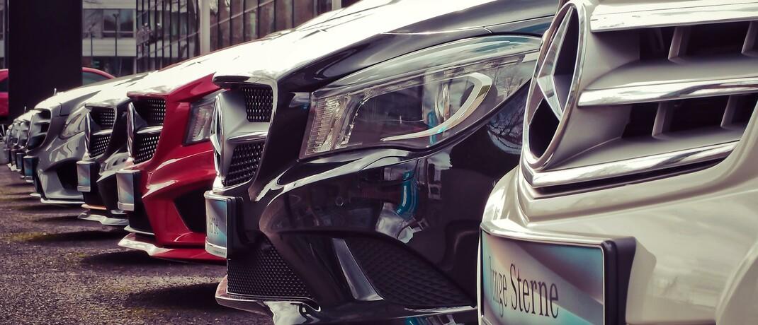 Vorm Autohaus: Während ihr Fuhrpark meist gut versichert ist, vernachlässigen viele Chefs kleiner und mittelständischer Unternehmen Versicherungen gegen unverschuldete vorübergehende Schließungen.|© Pexels