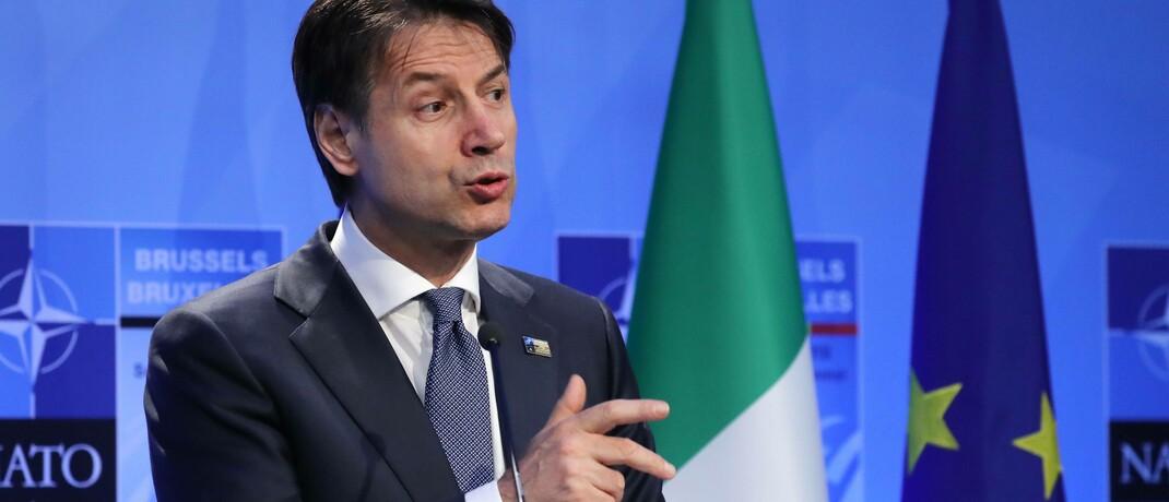 Italiens Premierminister Giuseppe Conte fordert in der Corona-Krise mehr finanzielle Unterstützung von der Europäischen Union.