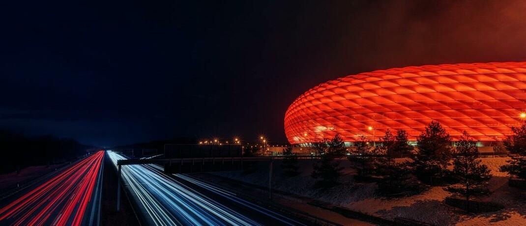 Allianz-Arena in München: Deutschlands größter Versicherer legt aktuell im globalen Ranking der wertvollsten Marken der Assekuranz zu.