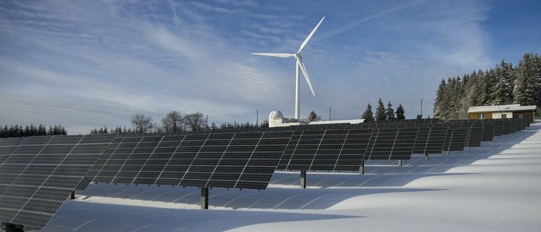 Erneuerbare Energie: Die Berichte deutscher Versicherer über ihre Aktivitäten beim Thema Nachhaltigkeit sind laut einer aktuellen Studie von Communication Lab und AMC oftmals so unverständlich wie eine Doktorarbeit.