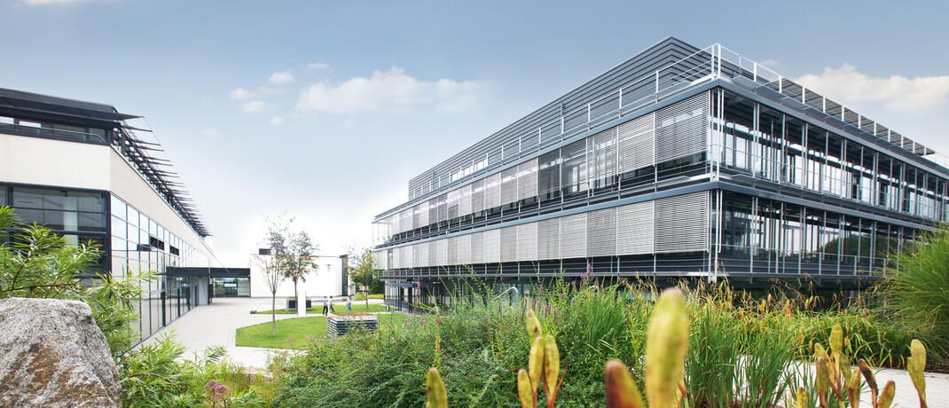 MLP-Gebäude am Unternehmenssitz Wiesloch: Die Aktie des Finanzvertriebs ist ab sofort wieder Bestandteil des S-Dax.