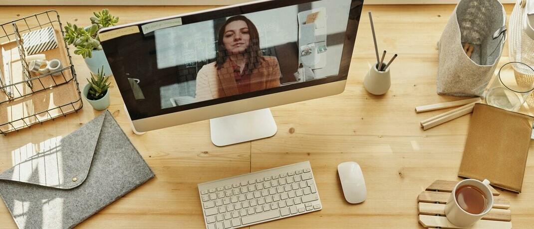 Der Trend zur Digitalisierung der Vermittlerbranche dürfte weiter an Fahrt gewinnen: Insbesondere die Videoberatung gewinnt derzeit deutlich an Boden. © Foto von Julia M Cameron von Pexels