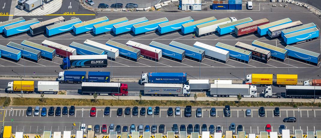 Parkplatz eines Logistikdienstleisters im Ruhrgebiet: Immobilienunternehmen mit dem Schwerpunkt Logistik haben ihre Gewinnziele für das Jahr 2020 bestätigt.