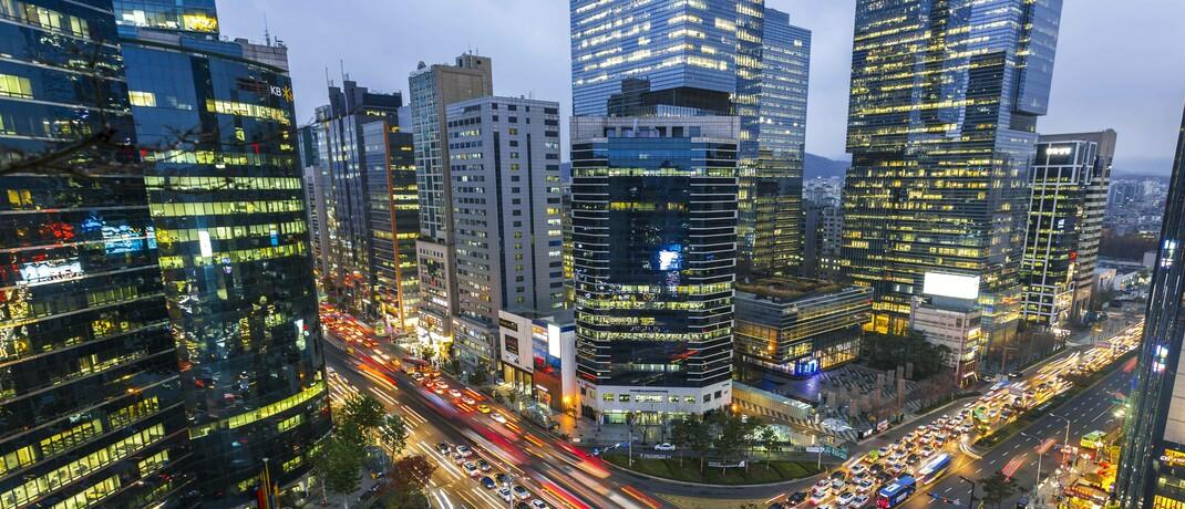 Kreuzung im südkoreanischen Seoul: Die Schwellenländer in Asien haben kontinuierliche Fortschritte beim Ausbau ihrer Volkswirtschaften erzielt.