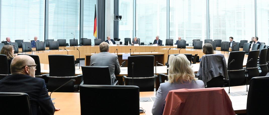 Eine Bundestagssitzung: Der Ausschuss für Finanzstabilität hat im Juli seinen 7. Bericht an den Deutschen Bundestag zur Finanzstabilität in Deutschland veröffentlicht.|© Deutscher Bundestag
