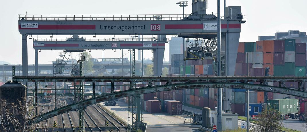 Umschlagbahnhof Ostbahnhof in Frankfurt am Main: In seiner neuen ESG-Analyse will Scope auch die Nachhaltigkeit von Lieferketten bewerten.|© imago images / Jan Huebner