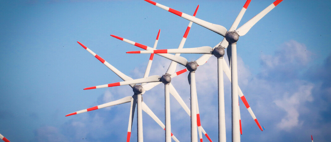 Windrad in Norddeutschland: Privatanleger interessieren sich zunehmend für nachhaltige Fonds. |© imago images / Rüdiger Wölk