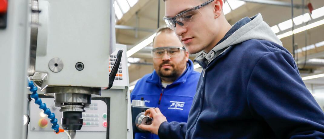 Ausbildung zum Industriemechaniker: Viele Branchen werden sich nach Corona neu orientieren müssen. |© imago images / ZUMA