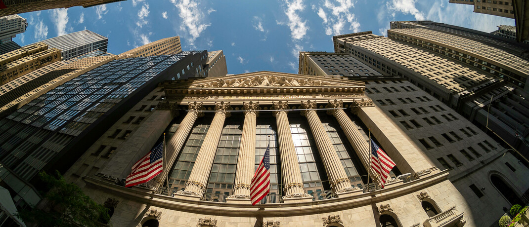 Börse in New York: In der Corona-Krise sind die Aktienkurse stark gesunken. |© imago images / Levine-Roberts