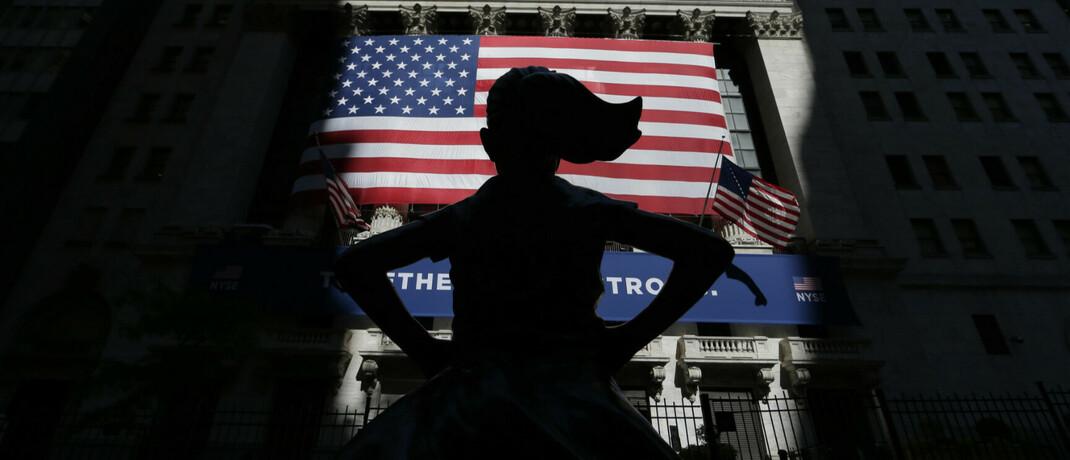 """Skulptur """"Furchtloses Mädchen"""" in der New Yorker Wall Street: Institutionelle Anleger hinterfragen zunehmend die Rolle der Finanzindustrie im globalen Wirtschaftsgefüge, sagt Triodos-IM-Chef Jacco Minnaar."""