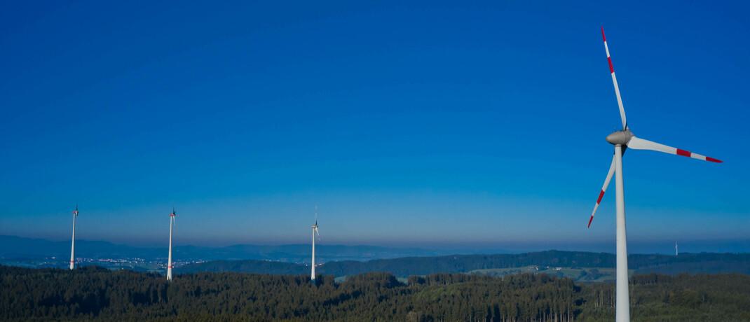 Windräder in Bayern: Die neuen DWS-ETFs sind nachhaltiger Natur. |© imago images / Action Pictures
