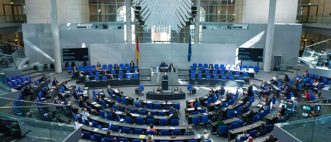 Blick in den Bundestags-Plenarsaal: Das Parlament hat am vergangenen Freitag einer Verlängerung des KapMuG zugestimmt.