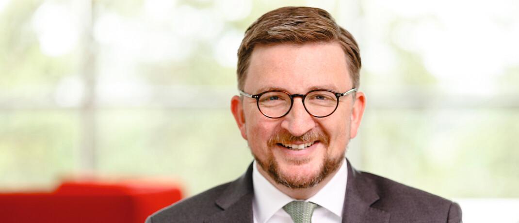 Christian Machts leitet seit April 2019 als Geschäftsführer den Drittvertrieb bei Fidelity. Der 44-Jährige kommt von Blackrock, wo er das Privatkundengeschäft in Deutschland, Österreich und Osteuropa verantwortete. Zuvor war er zwölf Jahre bei der Commerzbank.