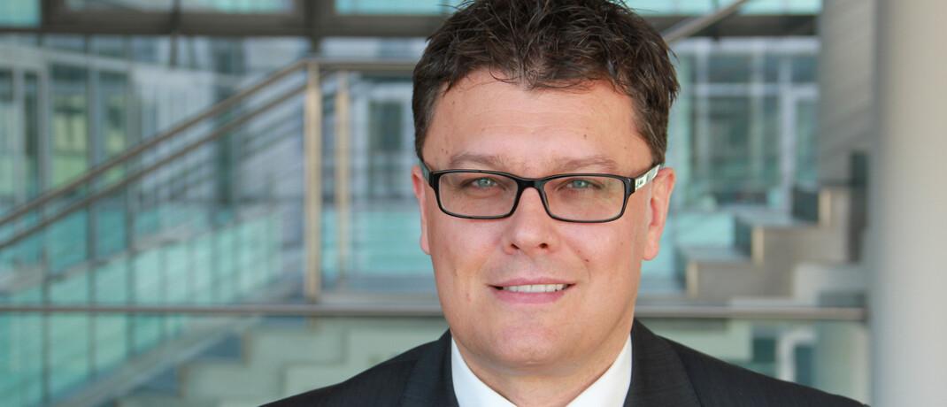 Klaus Bauknecht ist als Volkswirt bei der IKB Deutsche Industriebank tätig.