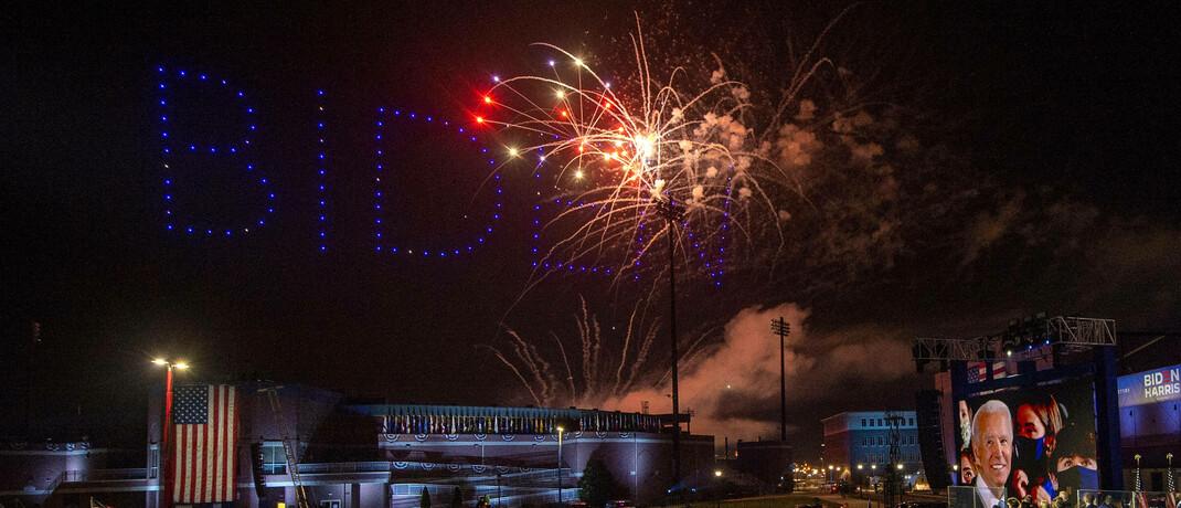 Feuerwerk bei Siegesfeier mit Joe Biden und Kamala Harris in Wilmington