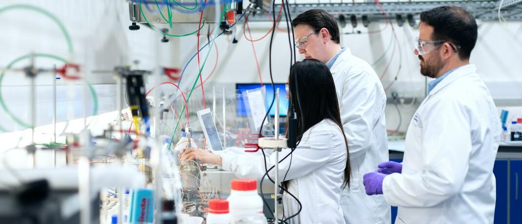 Mitarbeiter in einem Labor
